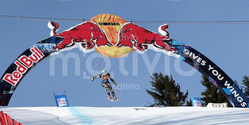 Ski Alpin;  Saison 2007/2008  15.01.2008 68. Hahnenkamm Rennen Abfahrt Bode Miller (USA) beim Sprung ueber die Hausbergkante