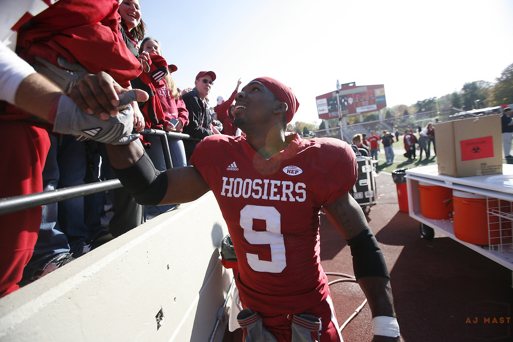 03 November 2007: Indiana cornerback Tracy Porter as the Indiana Hoosiers played the Ball State Cardinals  in a college football game in Bloomington, Ind. Indiana won 38-20.