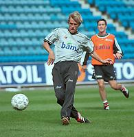 André Bergdølmo, Norge. Landslagstrening foran kampen mot Armenia. Herrelandslaget 2000. 31. august 2000. (Foto: Peter Tubaas/Fortuna Media)