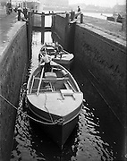 24/06/1959<br /> 06/24/1959<br /> 24 June 1959<br /> Lobster Fishing Boats from Carna, Galway arrive at Ringsend, Dublin. The boats pass through the last canal lock before Rigngsend.
