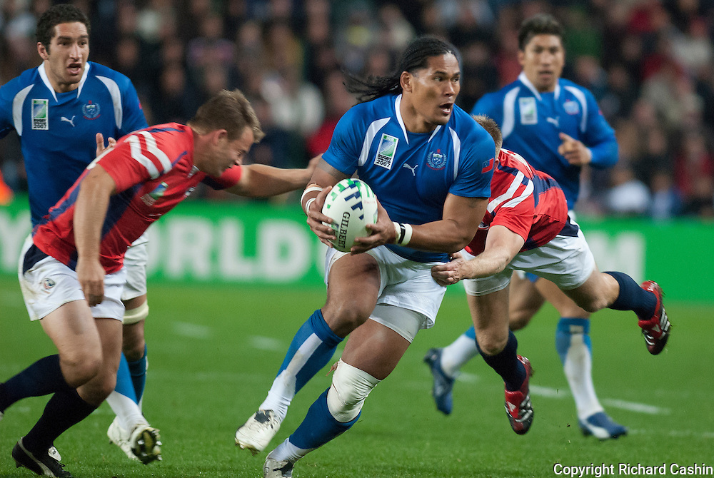 Alesana Tuilagi on the attack during the 2007 Rugby World Cup pool game between Samoa and USA at Stade Geoffroy-Guichard in Saint-Étienne, France