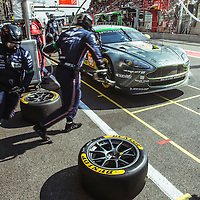 Aston Martin changes the Dunlop Motorsport tyres at the FIA WEC 6 Hours of Spa Francorchamps, Belgium. 2016.
