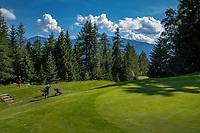SEEFELD Tirol   Oostenrijk,  -  tee hole 14. Golfclub Seefeld Wildmoos.    COPYRIGHT KOEN SUYK
