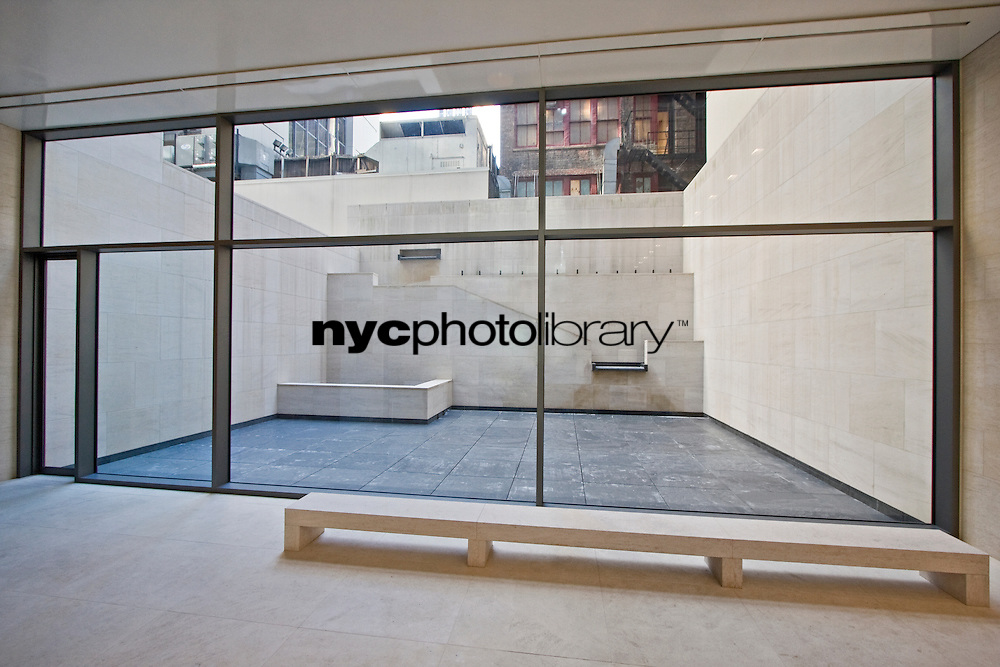 Patio at 33 West 56th St