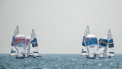 10.08.2012, Bucht von Weymouth, GBR, Olympia 2012, Segeln, im Bild Belcher Mathew, Page Malcolm, (AUS, 470 Men).Bithell Stuart, Patience Luke, (GBR, 470 Men) // during Sailing, at the 2012 Summer Olympics at Bay of Weymouth, United Kingdom on 2012/08/10. EXPA Pictures © 2012, PhotoCredit: EXPA/ Juerg Kaufmann ***** ATTENTION for AUT, CRO, GER, FIN, NOR, NED, .POL, SLO and SWE ONLY!