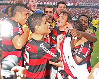 20091206: RIO DE JANEIRO, BRAZIL - Flamengo vs Gremio: Brazilian League 2009 - Flamengo won 2-1 and celebrated the 6th Brazilian Championship of its history. In picture: Flamengo players  celebrating victory. PHOTO: CITYFILES
