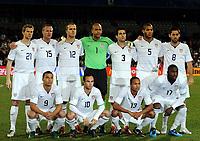 Fotball<br /> USA v Spania<br /> Foto: Witters/Digitalsport<br /> NORWAY ONLY<br /> <br /> 24.06.2009<br /> <br /> Team USA h.v.l. Jonathan Spector, Jay DeMerit, Michael Bradley, Torwart Tim Howard, Carlos Bocanegra, Oguchi Onyewu, Clint Dempsey<br /> v.v.l. Charlie Davies, Landon Donovan, Ricardo Clark, Jozy Altidore<br /> Fussball Confederations Cup 2009 in Suedafrika, Spanien - USA 0:2<br /> <br /> Lagbilde USA