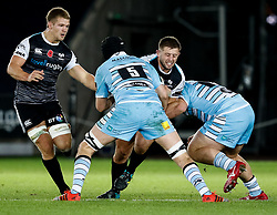 2nd November, Liberty Stadium , Swansea, Wales ; Guinness pro 14's Ospreys Rugby v Glasgow Warriors ;  Scott Otten of Ospreys under pressure from Scott Cummings of Glasgow Warriors<br /> <br /> Credit: Simon King/News Images<br /> <br /> Photographer Simon King/Replay Images<br /> <br /> Guinness PRO14 Round 8 - Ospreys v Glasgow Warriors - Friday 2nd November 2018 - Liberty Stadium - Swansea<br /> <br /> World Copyright © Replay Images . All rights reserved. info@replayimages.co.uk - http://replayimages.co.uk