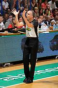 DESCRIZIONE : Siena Lega A 2008-09 Playoff Finale Gara 2 Montepaschi Siena Armani Jeans Milano<br /> GIOCATORE : Arbitro<br /> SQUADRA : <br /> EVENTO : Campionato Lega A 2008-2009 <br /> GARA : Montepaschi Siena Armani Jeans Milano<br /> DATA : 12/06/2009<br /> CATEGORIA : ritratto<br /> SPORT : Pallacanestro <br /> AUTORE : Agenzia Ciamillo-Castoria/G.Ciamillo