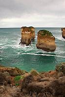 Magnificent limestone formations near London Bridge along the Great Ocean Road in Victoria, Australia.