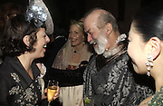 ISABELLA BLOW, LEONIE FRIEDA AND PRINCE MICHAEL OF KENT. Andy and Patti Wong host  party to cleebrate then Chinese New Year of the Dog. Royal Courts of Justice. Strand. London. 28 January 2006. © Copyright Photograph by Dafydd Jones 66 Stockwell Park Rd. London SW9 0DA Tel 020 7733 0108 www.dafjones.com