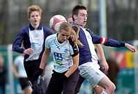 Lindy Melissa Wiik, Asker. Asker spiller i gutteserie i tillegg til 1. divisjon kvinner for å få god nok matching. G16 1. divisjon - avd. 1. Asker - Ready 3-3. 28. april 2006. (Foto: Peter Tubaas/Digitalsport)