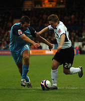 Photo: Tony Oudot/Sportsbeat Images.<br /> Luton Town v Southend United. Coca Cola League 1. 24/11/2007.<br /> Luton Towns Paul McVeigh challenges Garry Richards of Southend to the ball