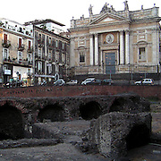 L'anfiteatro romano nel centro di Catania, .sullo sfondo la chiesa di San Biagio..The roman amphitheatre in Catania, .in background the church of San Biagio.