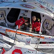 Banque image hélicoptère du 60 pied MAITRE COQ avec YANNICK BESTAVEN ET ROLAND JOURDAIN - Transat Jacques Vabre 2019