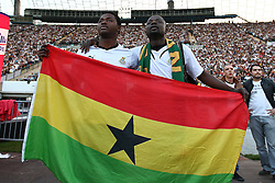 23.06.2010, Olympiapark, Muenchen, GER, FIFA Worldcup, Puplic Viewing Ghana vs Deutschland  im Bild Ghana Fans mit Fahne, EXPA Pictures © 2010, PhotoCredit: EXPA/ nph/  Straubmeier / SPORTIDA PHOTO AGENCY