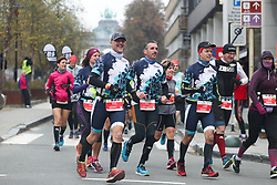 2018?10?28?.    ????????——???????????????.     10?28?????????????????.    ???????????????????????????????????????????????????????????????????6.5????????1???????????.     ?????????  ?32496539019..(SP)BELGIUM-BRUSSELS-MARATHON.Runners take part in the marathon race in Brussels, Belgium, Oct. 28, 2018. The Brussels Marathon and Half Marathon 2018 was held on Sunday, attracting runners from all over the world. (Credit Image: © Zheng Huansong/Xinhua via ZUMA Wire)
