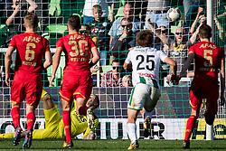 goalkeeper Marco Bizot of AZ 1-1 during the Dutch Eredivisie match between FC Groningen and AZ Alkmaar at Noordlease stadium on October 15, 2017 in Groningen, The Netherlands