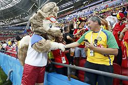 July 6, 2018 - Kazan, RUSSIA - A World Cup fox mascot greets a Brazilian fan, ahead of a soccer game between Belgian national soccer team the Red Devils and Brazil in Kazan, Russia, Friday 06 July 2018, the quarter-finals of the 2018 FIFA World Cup...BELGA PHOTO BRUNO FAHY (Credit Image: © Bruno Fahy/Belga via ZUMA Press)