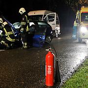 NLD/Huizen/20100923 - Ongeval 't Merk Huizen, automobilte waarschijnlijk onder invloed, 2 bomen geraakt, lichtgewond