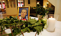 Olympiatoppen<br /> 01.05.12<br /> <br /> Alexander Dale Oen minnes på Toppidrettssenteret i Oslo<br /> <br /> Foto: Eirik Førde
