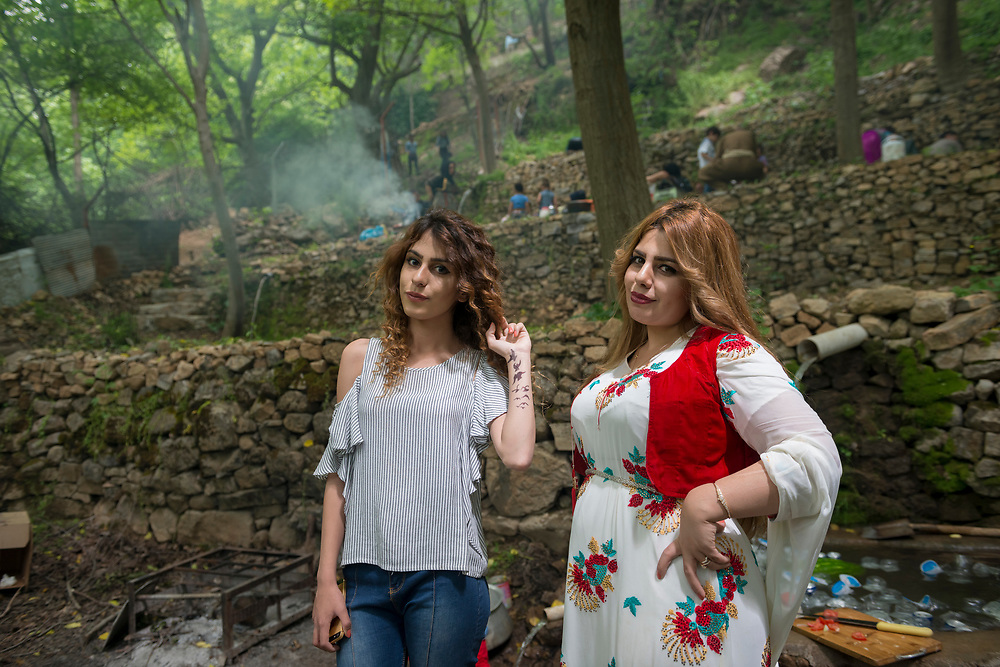 Young Kurdish women enjoy a visit to a small park in Byara, a town located in Iraqi Kurdistan's Halabja province and on the border with Iran. (May 2017)