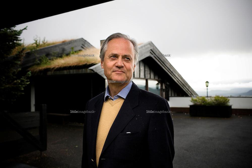 Kristian Siem (59) pictured outside his home in Holmenkollen in Oslo (Jerpefaret 12). 15.06.08. Photo: Christopher Olssøn.