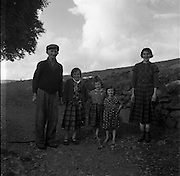 Family .15/07/1958 .<br /> Poor Irish family, Children don't have any shoes.