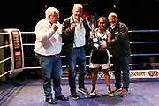 Boxen: Boxen im Norden, Hamburg, 06.20.2019<br /> St. Pauli-Award Pokal: Fai Phannarai - Sanja Cebic<br /> © Torsten Helmke
