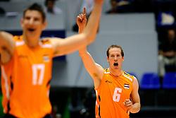 18-05-2008 VOLLEYBAL: EK KWALIFICATIE NEDERLAND - SLOVENIE: ROTTERDAM<br /> Nederland wint ook de laatste wedstrijd met 3-0 - Kristian van der Wel<br /> ©2008-WWW.FOTOHOOGENDOORN.NL