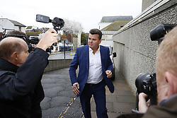 © Licensed to London News Pictures. 20/09/2017. London, UK. Former BHS owner Dominic Chappell arrives at Brighton Magistrates court. Mr Chappell  has been summonsed after failing to provide documents for a police investigation into the sale of closed retailer BHS. Photo credit: Peter Macdiarmid/LNP