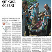 """Tearsheet of """"Ukraine: Tears at Ott's house"""" published in Expresso"""