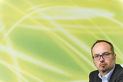 28.05.2014, Gruener Klub, Wien, AUT, Gruene, Nach der EU-Wahl und Aktuelles. im Bild Kandidat der Gruenen zur EU-Wahl Michel Reimon // Candidate of the Greens for EU-Election Michel Reimon during press conference of the greens about EU-Election at pressroom of the greens in Vienna, Austria on 2014/05/28. EXPA Pictures © 2014, PhotoCredit: EXPA/ Michael Gruber