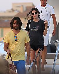Charlotte Casiraghi et Dimitri Rassam en vacances a St tropez France le 23 juillet 2018 Charlotte Casiraghi and Dimitri Rassam in St tropez on July 23th 2018