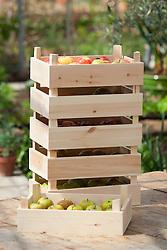 Wooden apple storage trays