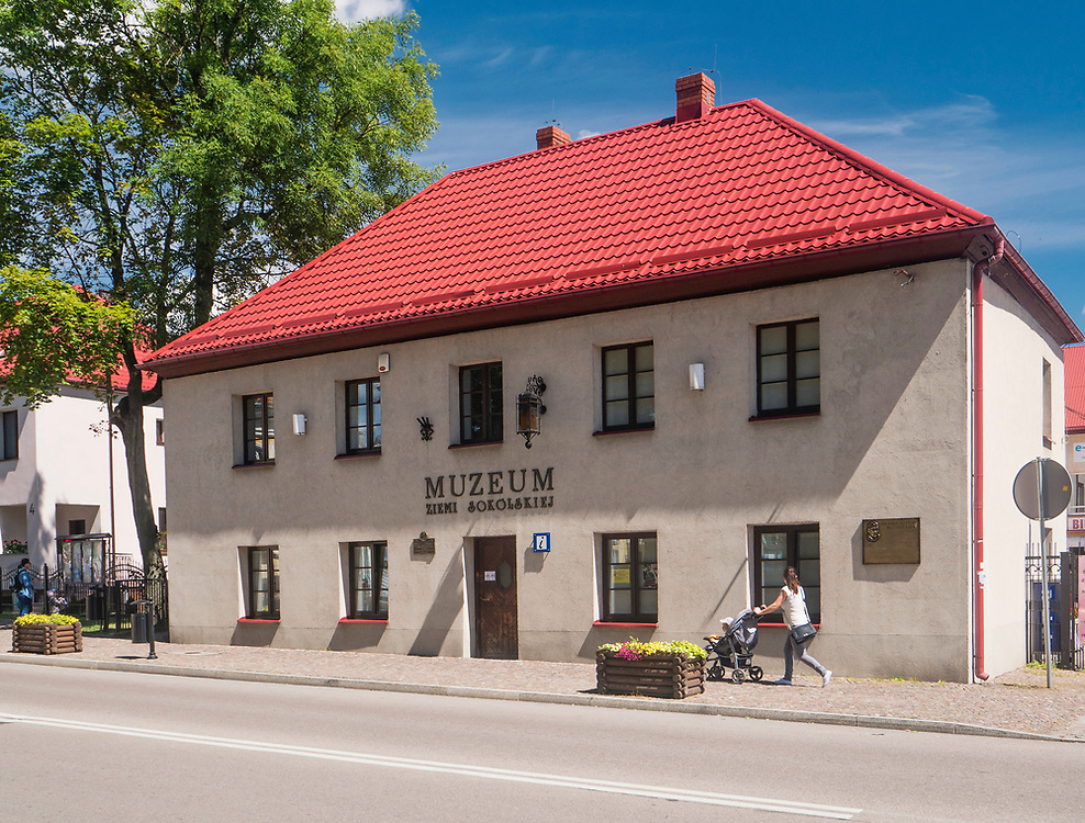 Budynek Muzeum Ziemi Sokólskiej, Sokółka, Polska<br /> Regional Museum in Sokółka, Poland