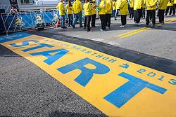 2013 Boston Marathon: start line in Hopkinton