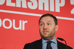 © Licensed to London News Pictures. 18/01/2020. Liverpool. Labour MP and deputy leadership contender Ian Murray gestures  at a Labour Party leadership hustings at King's Dock Arena in Liverpool. Photo credit: Ioannis Alexopoulos /  LNP