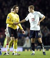 Photo: Olly Greenwood.<br />Arsenal v Tottenham Hotspur. Carling Cup Semi Final 2nd leg 31/01/2007. Arsenal's Manuel Almunia shakes hands with Spurs Michael Dawson
