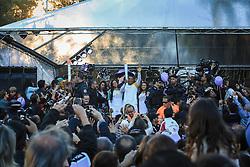 O técnico Roger, do Grêmio, participa do revezamento da Tocha Olímpica que passa pelo Parque Moinhos de Vento (Parcão), em Porto Alegre, RS.  Aceso em 21 de abril, em ritual repetido a cada quatro anos em Olímpia, na Grécia, o símbolo olímpico passará por 28 cidades gaúchas de 3 a 9 de julho e será conduzido por 617 indicados no Rio Grande do Sul, começando por Erechim e se despedindo em Torres, em percurso de mais de dois mil quilômetros. Foto: Gustavo Roth / Agência Preview