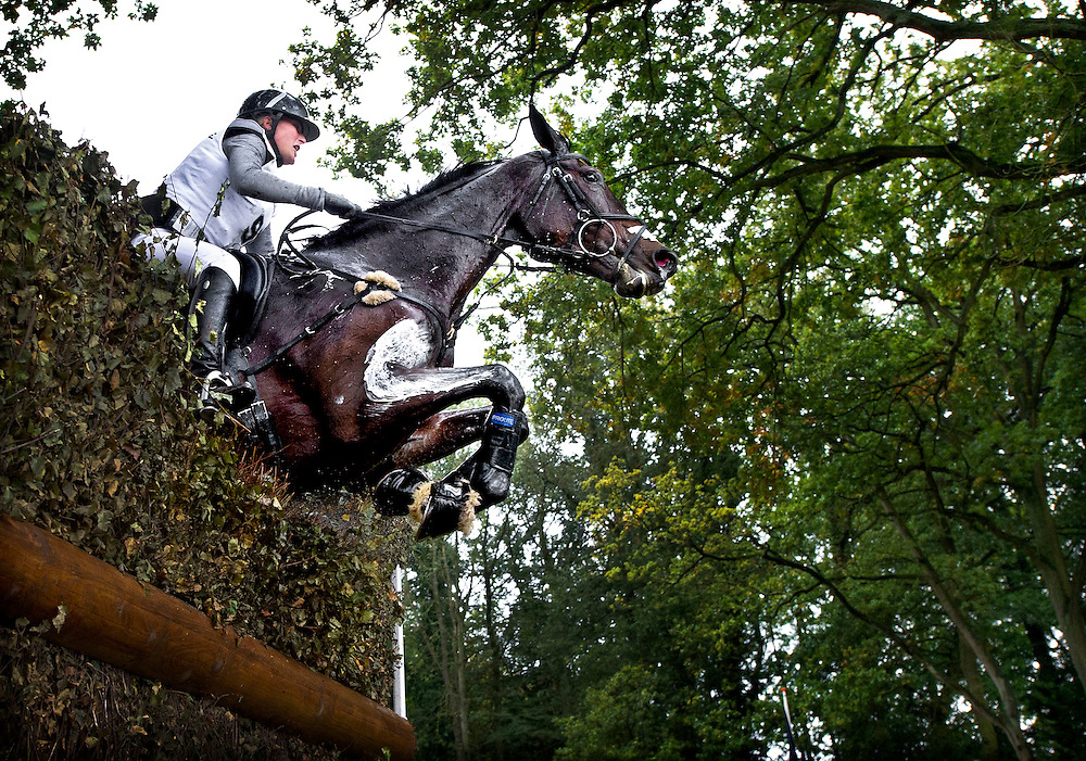 Nederland, Boekelo, 13-10-2012.<br /> Hippische Sport, Military Boekelo.<br /> Lara de Liecerkerke uit Belgie met Quella Langonnaise ( paard ).<br /> Foto : Klaas Jan van der Weij