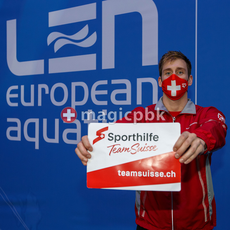 Yannick Kaeser of Switzerland poses with Sporthilfe Team Suisse teamsuisse.ch sign during the swimming events of the LEN European Aquatics Championships in Budapest, Hungary, Saturday, May 22, 2021. (Photo by Patrick B. Kraemer / MAGICPBK)