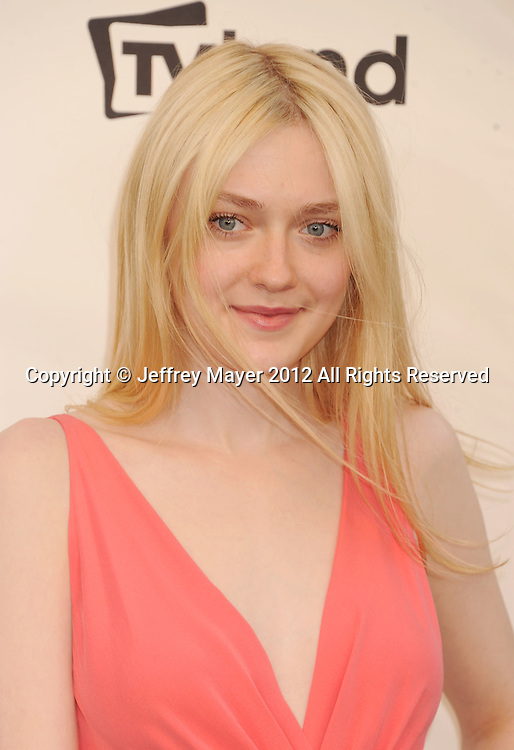 LOS ANGELES, CA - JUNE 07: Dakota Fanning arrives at the 40th AFI Life Achievement Award honoring Shirley MacLaine at Sony Pictures Studios on June 7, 2012 in Los Angeles, California.