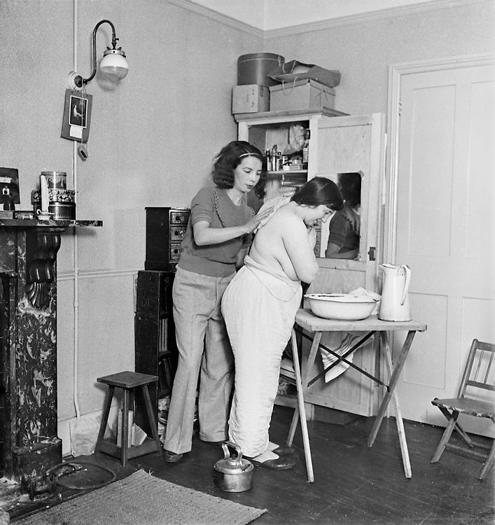 "Miss de la Questa and Miss Spencer, Artists' Studio Life, ""Bohemia"" Series, London, 1935"