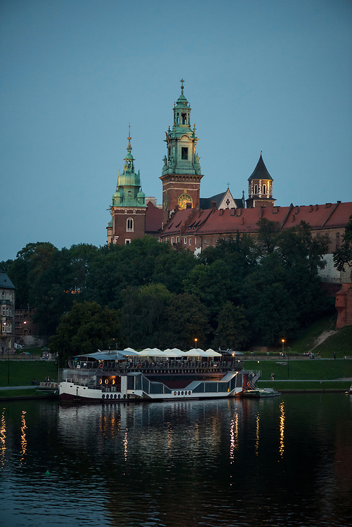View on a summer evening of Wawel Cathedral, a Roman Catholic church located on Wawel Hill in Kraków, Poland.