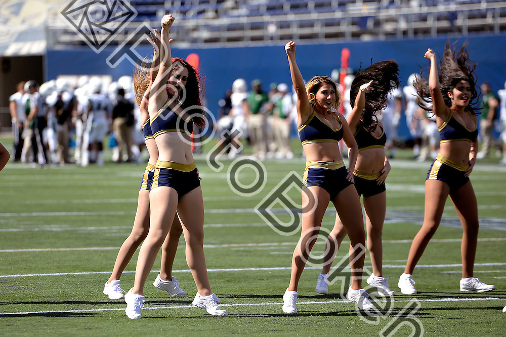 2015 November 07 - FIU Golden Dazzlers performing for the fans at Ocean Bank Field, Miami, Florida. (Photo by: Alex J. Hernandez / photobokeh.com) This image is copyright by PhotoBokeh.com and may not be reproduced or retransmitted without express written consent of PhotoBokeh.com. ©2015 PhotoBokeh.com - All Rights Reserved