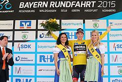 Radsport: 36. Bayern Rundfahrt 2015 / 3. Etappe, Selb - Ebern, 15.05.2015<br /> Cycling: 36th Tour of Bavaria 2015 / Stage 3, <br /> Selb - Ebern, 15.05.2015<br /> Siegerehrung - podium, <br /> # 113 Bennett, Sam (IRL, Team BORA-ARGON 18), , Gelbes Trikot Gesamtfuehrender / Yellow Leader Jersey
