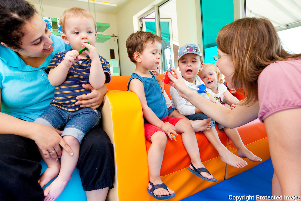 365484-Kinderdagverblijf Stekenbees-Plaslaar Lier-Martine Mertens en Fatiha Behassau
