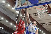 DESCRIZIONE : Beko Legabasket Serie A 2015- 2016 Dinamo Banco di Sardegna Sassari - Olimpia EA7 Emporio Armani Milano<br /> GIOCATORE : Rakim Sanders<br /> CATEGORIA : Tiro Penetrazione<br /> SQUADRA : Olimpia EA7 Emporio Armani Milano<br /> EVENTO : Beko Legabasket Serie A 2015-2016<br /> GARA : Dinamo Banco di Sardegna Sassari - Olimpia EA7 Emporio Armani Milano<br /> DATA : 04/05/2016<br /> SPORT : Pallacanestro <br /> AUTORE : Agenzia Ciamillo-Castoria/C.AtzoriCastoria/C.Atzori