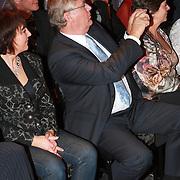 NLD/Mijdrecht/20070901 - Modeshow Jaap Rijnbende najaar 2007, Peter Willems fotografeerd zijn dochter Anna Verdonk